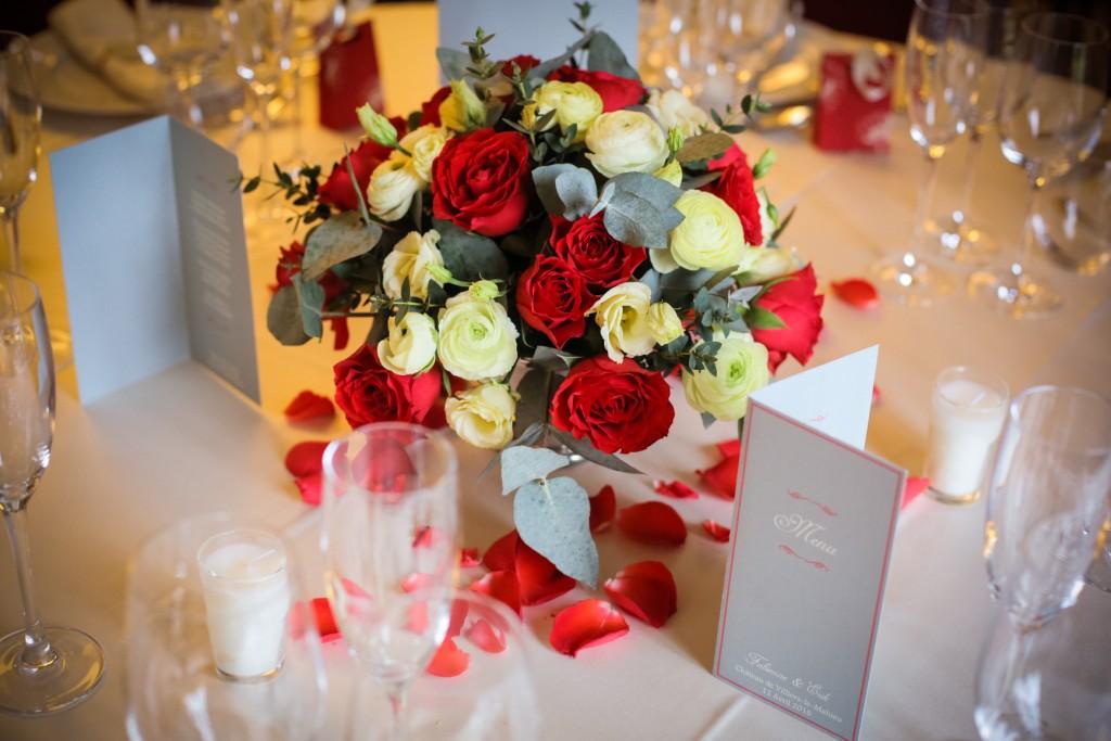 bouquet fleur mariage, centres de table mariage, fleurs mariage rouge
