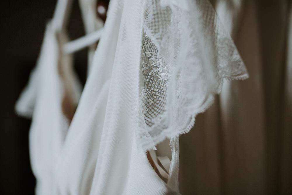 shooting photo préparatifs mariage, préparatifs mariage mariée, robe mariée