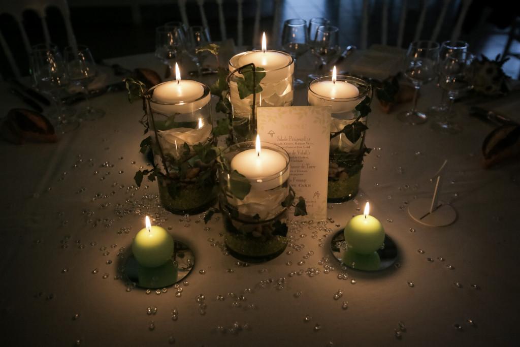 centre de table naturel mariage, lierre décoration mariage