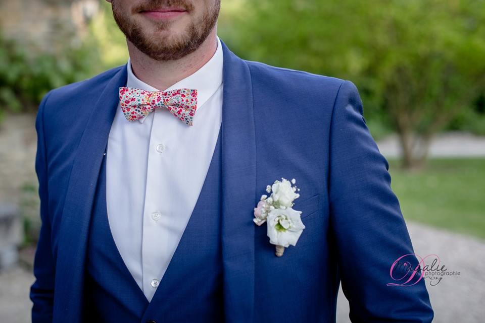 noeud papillon liberty, noeud papillon fleurs, costume marié, boutonnière marié