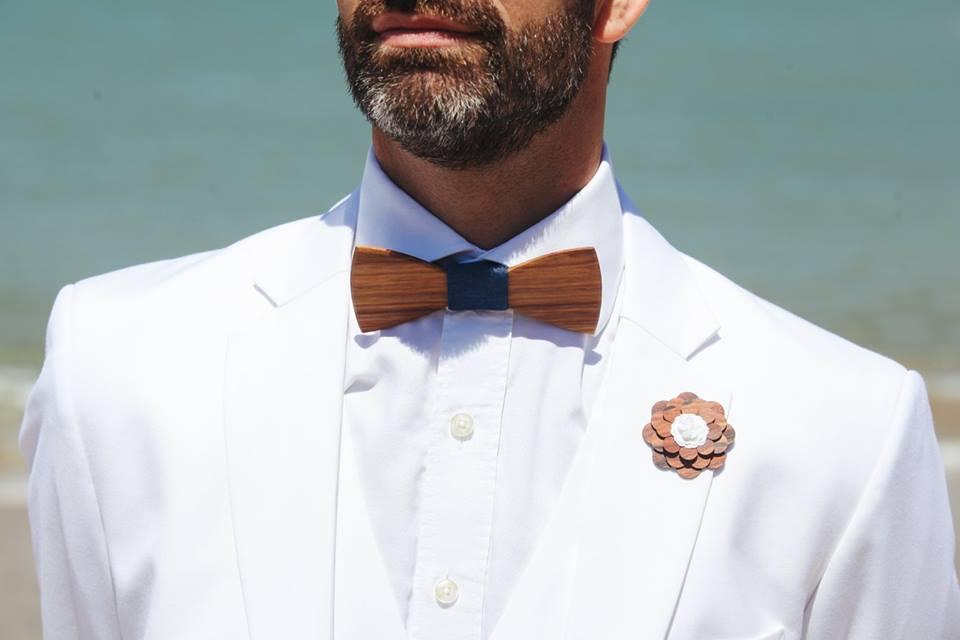 barbe marié, marié, costume blanc
