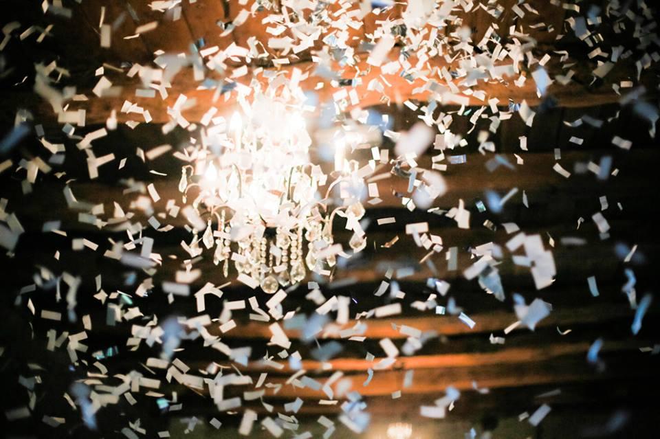 confettis et lustre