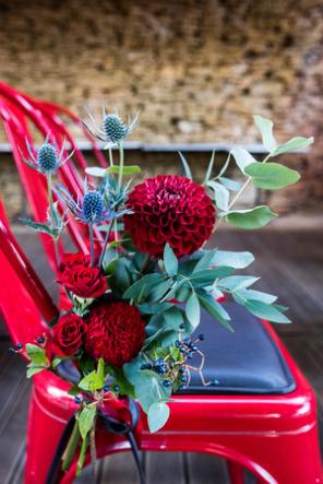 fleurs chaise des mariés